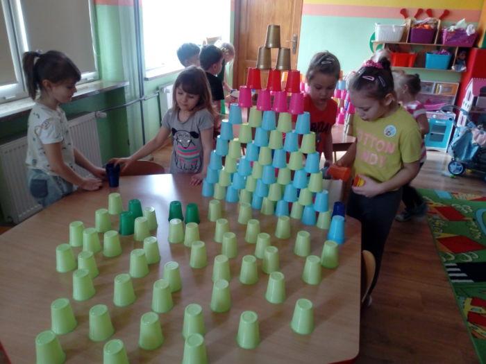 Kolorowe Kubki W Przedszkolu I Duuużo Radości Czyli